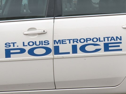 Rookie St. Louis Cop Interrupts Burglary In His Home