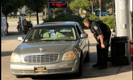 Police Officer Pumps, Pays For Elderly Woman's Gas