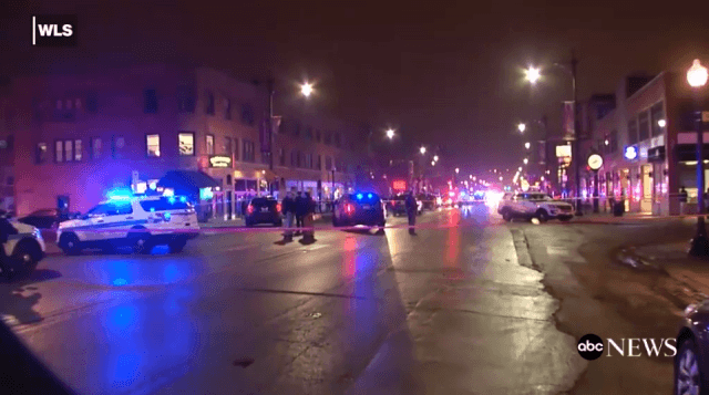 Chicago police officer shot in head during gun battle with bank robbery suspect