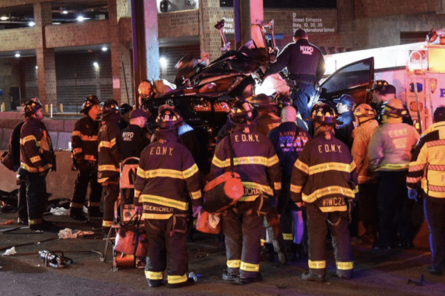 Off-duty New York City officer killed in crash, FDNY member critically injured